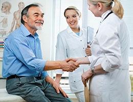 Blog_TheNewHealthcareImperative_PatientSETmedProfExamGeriatricSmile260x200px